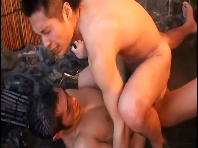 grosse ejaculation gay